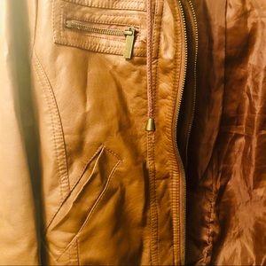 ✈️ Retro-Style faux leather bomber jacket M